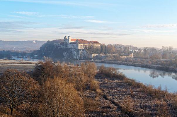 Abtei Tyniec. Credit: Jakub Hałun, CC BY-SA 4.0, via Wikimedia Commons